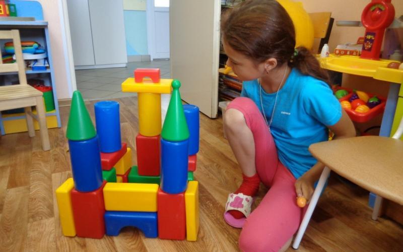 Строить замки-это тоже творчество. Здорово получилось!